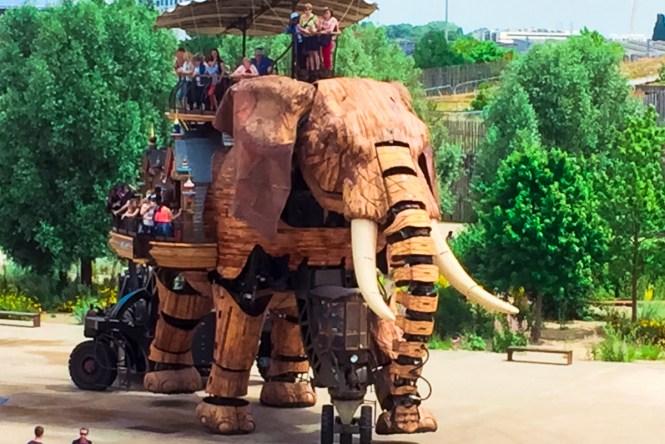 Mechanical elephant in Nantes, France