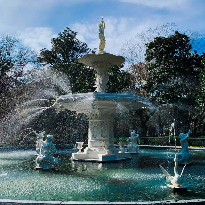 Forsyth Park Fountain, just one of many things to do in Savannah, Georgia