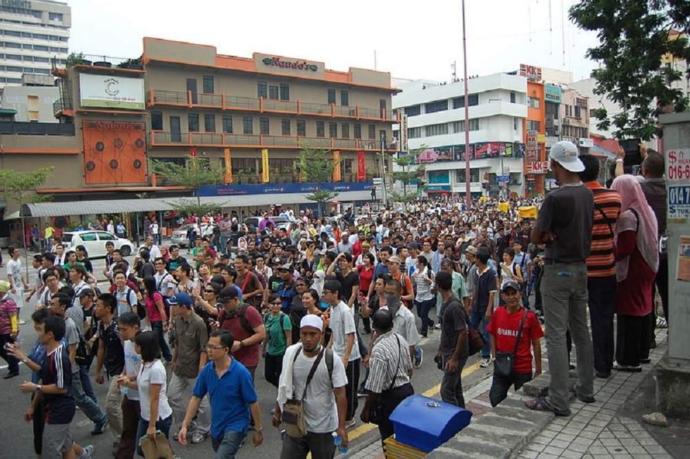 Para reparar la democracia en Malasia, reconstruir los movimientos de masas