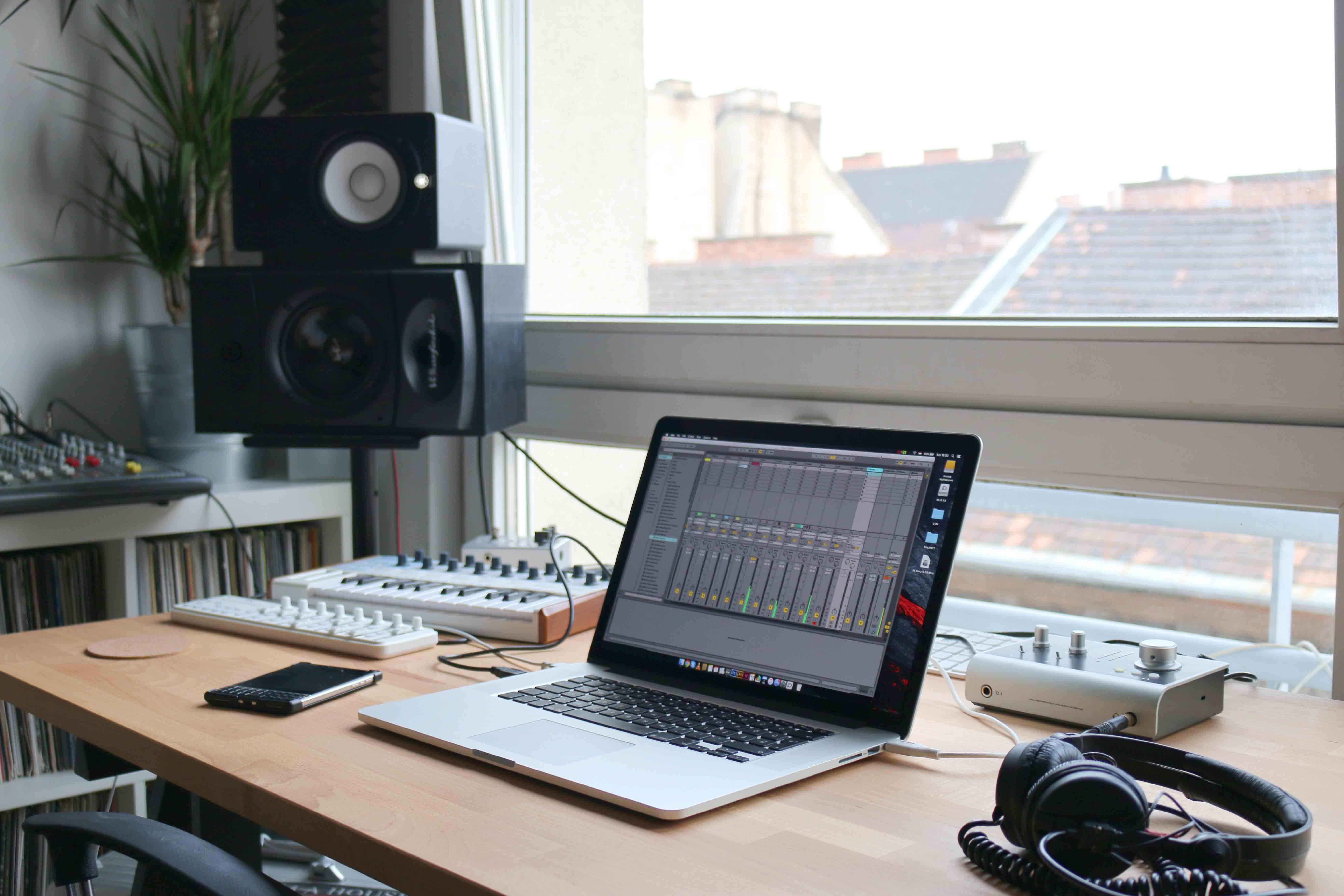 1 best pc desktop computers for music production daw home.