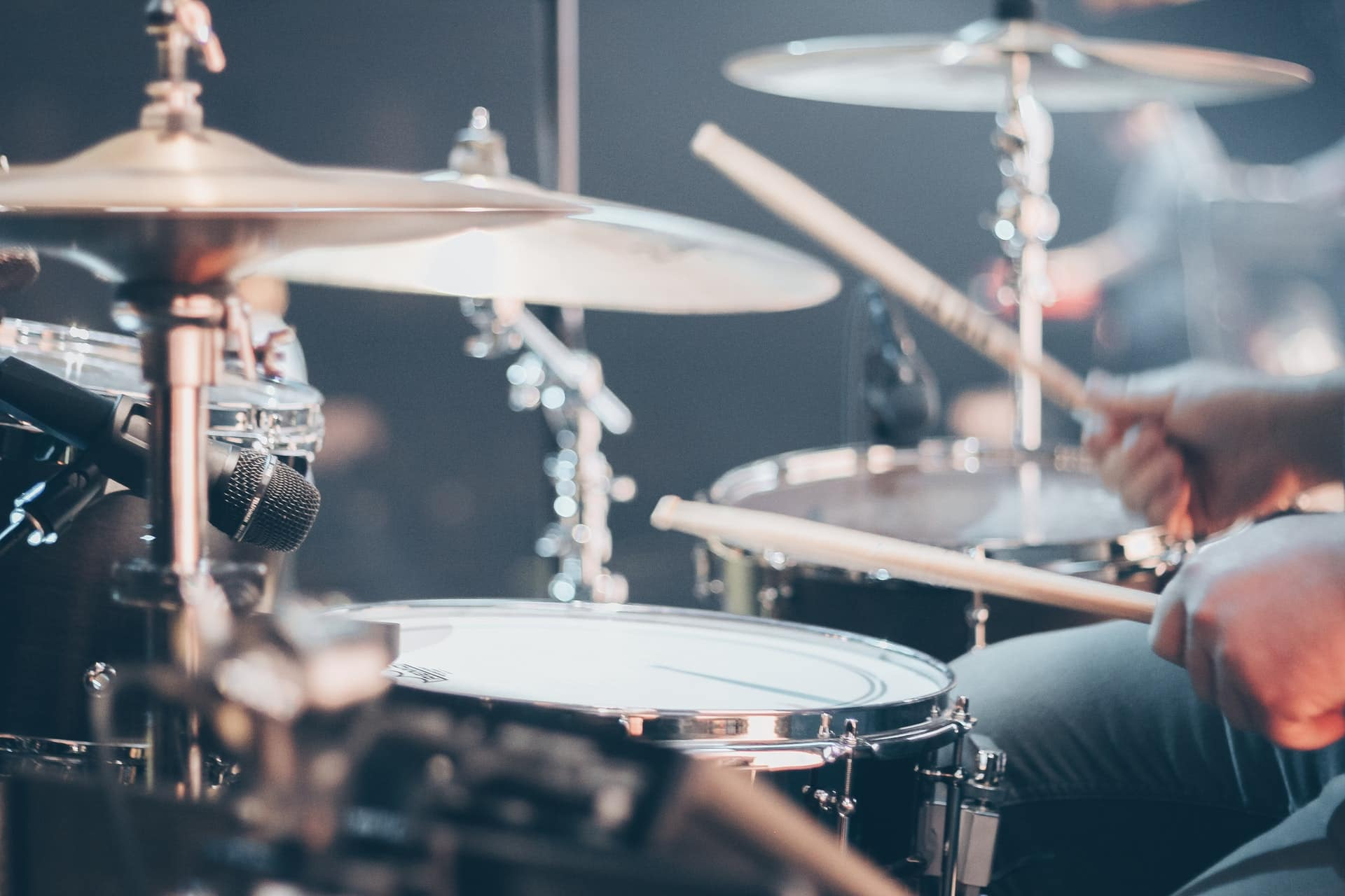 The Best Acoustic Drum Set for Beginners under $400