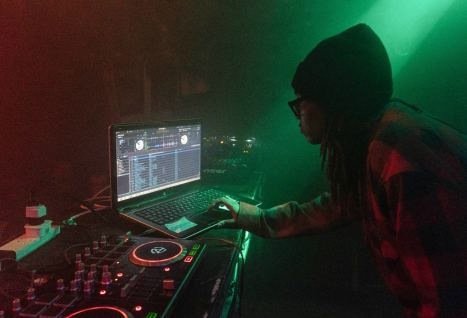 the best free dj software to start mixing