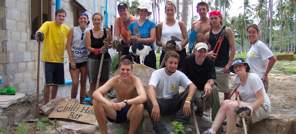 Ko Phi Phi – Volunteering for Tsunami Relief