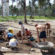 Removing rubble on Ko Phi Phi
