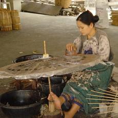 Making umbrellas in Bor Sang Village