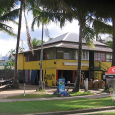 Asylum Backpackers, Cairns