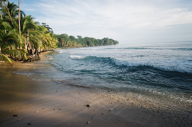 Sailing around Huahine, Raiatea and Tahaa