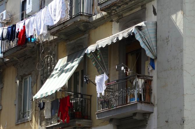 laundryinnaplesB