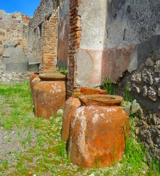 pompeiijarsC