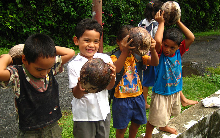 kids on the Cook Islands