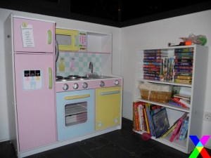 Toy Update:  Kidcraft makes the coolest kid's kitchen