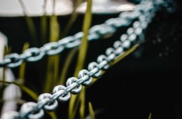 gray metal chain link