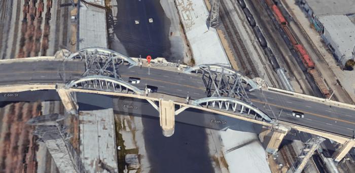 the-mask-bridge.PNG