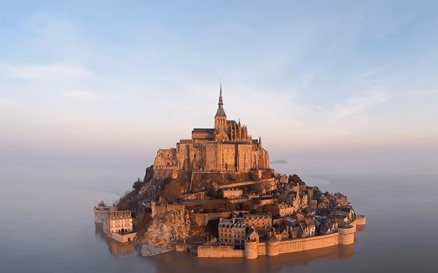 fairy-tale-castle-france-sv-5.png