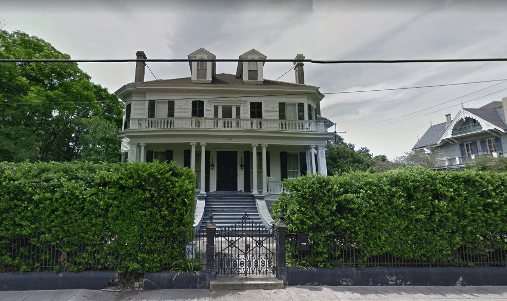 the-benjamin-button-house-sv.PNG
