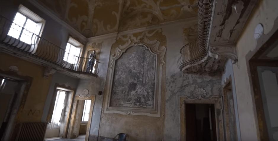 exploring-with-josh-tuscany-asylum-yt.PNG