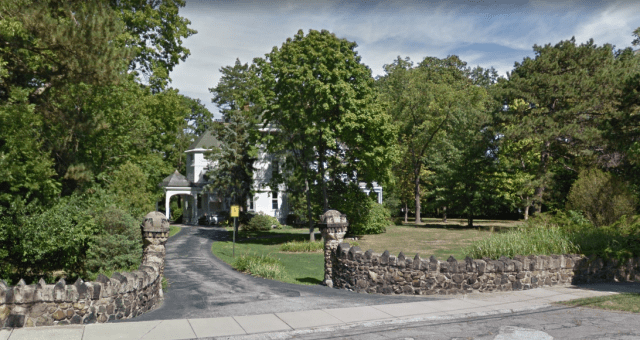 hot-in-cleveland-house-sv.PNG