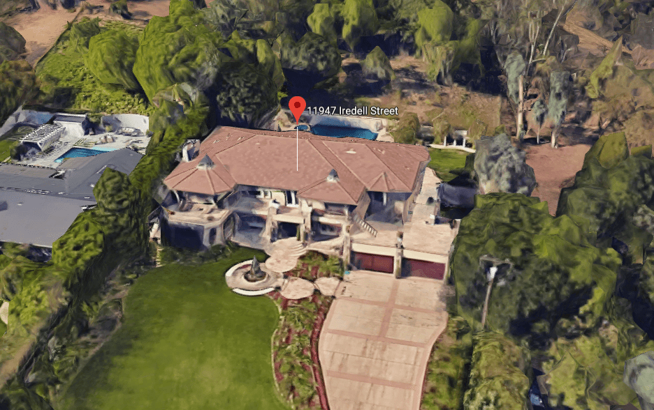 Kris Jenners House.PNG