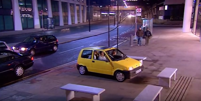 inbetweeners-bus-wnkers-london.PNG