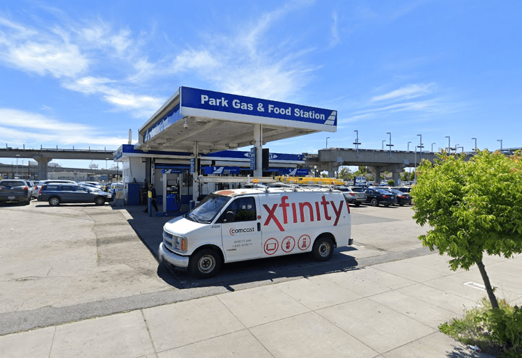 east-bay-gas-and-food2
