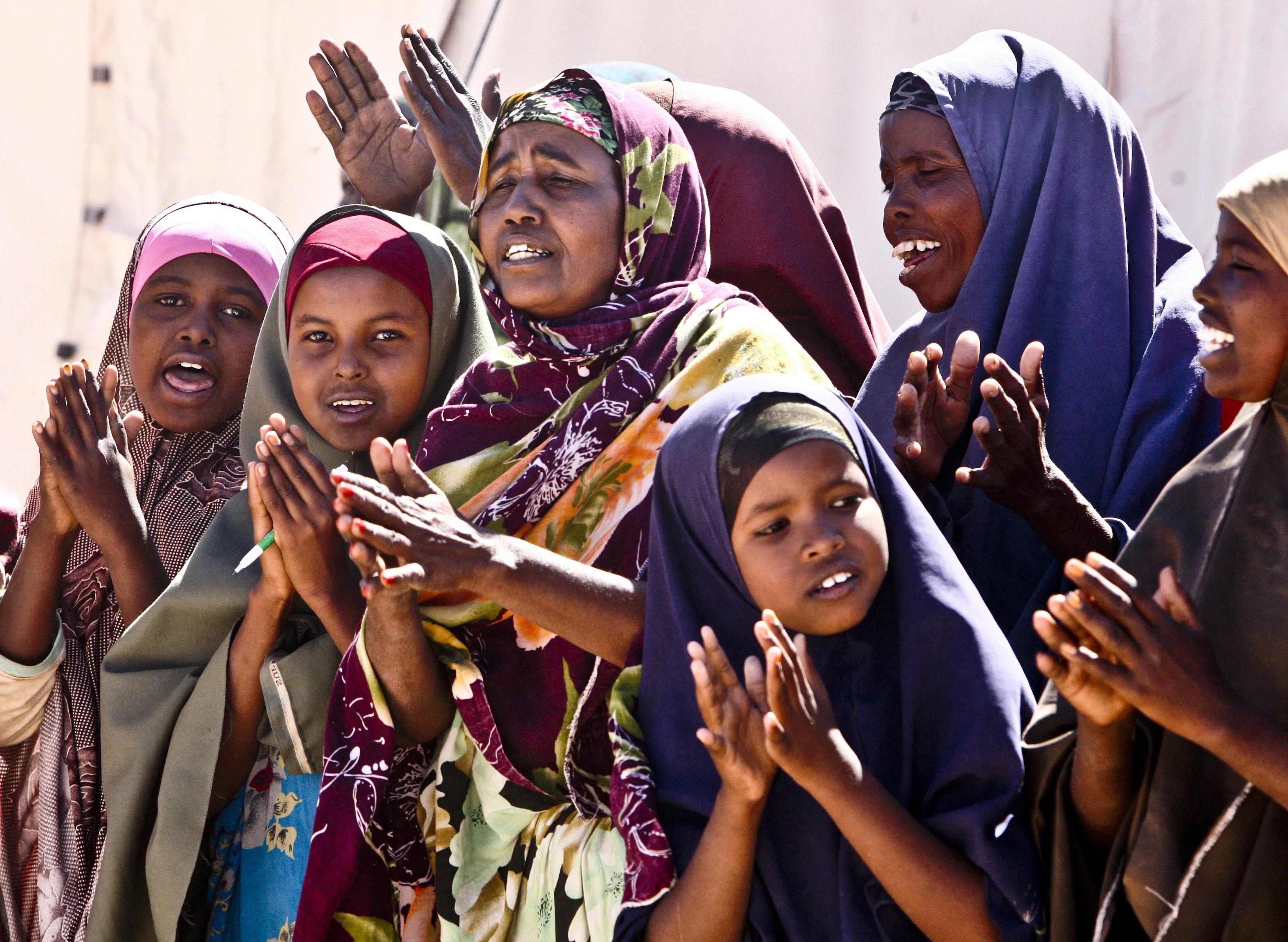 https://i0.wp.com/globalfirstresponder.com/wp-content/gallery/somalia/idpsgreetusg-somalia.jpg