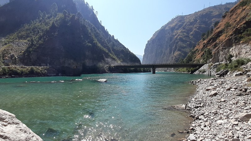 Himachal Pradesh: River Sainj Where time stands still!