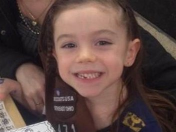 taylor godwin seven years old is one cookie who doesnt crumble
