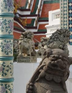 Wat Phra Kaew Statue