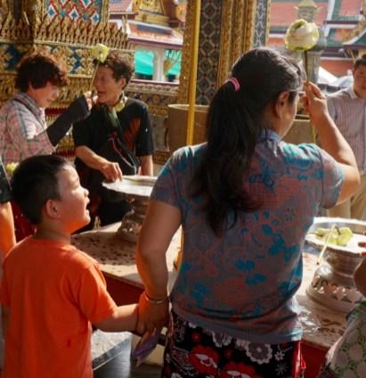 Wat Phra Kaew Devotion
