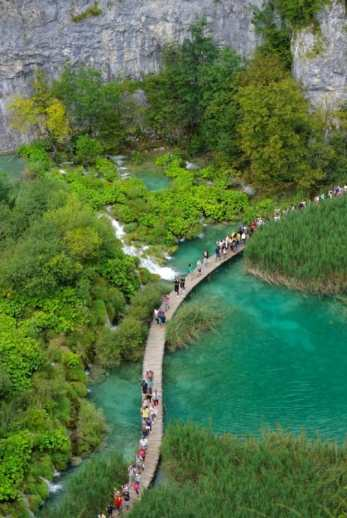 Plitvice Lakes Crowded
