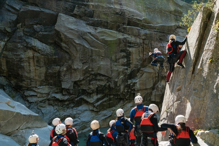 grimsel_canyoning_interlaken_switzerland-61
