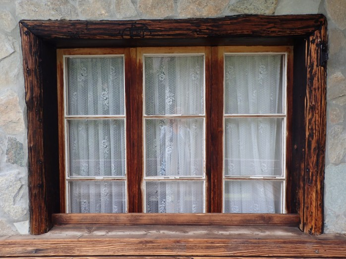 Chez Vrony Rustic Mountain home