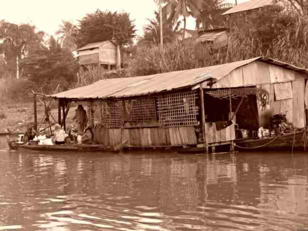 globalhelpswap life on the river 5