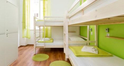 Split: Hostel Back Pack Sack
