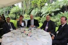 Dr. Jodi L. Abbott, Presidenta de Norquest College de Canadá con Russell Johhn Boris, Director de la Escuela de Educación Internacional y Robert Huxtable Director de la Escuela de Artesde Okanagan University en Canadá