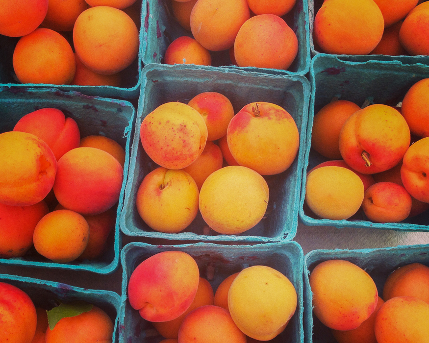 True Canadian Food: peaches