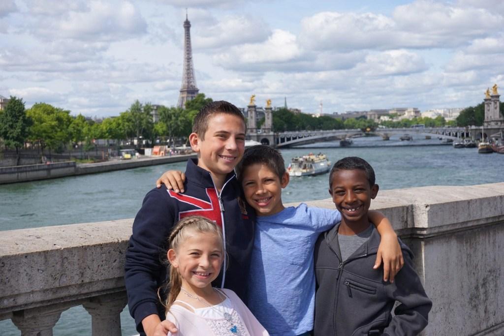 family_vacation_europe_paris