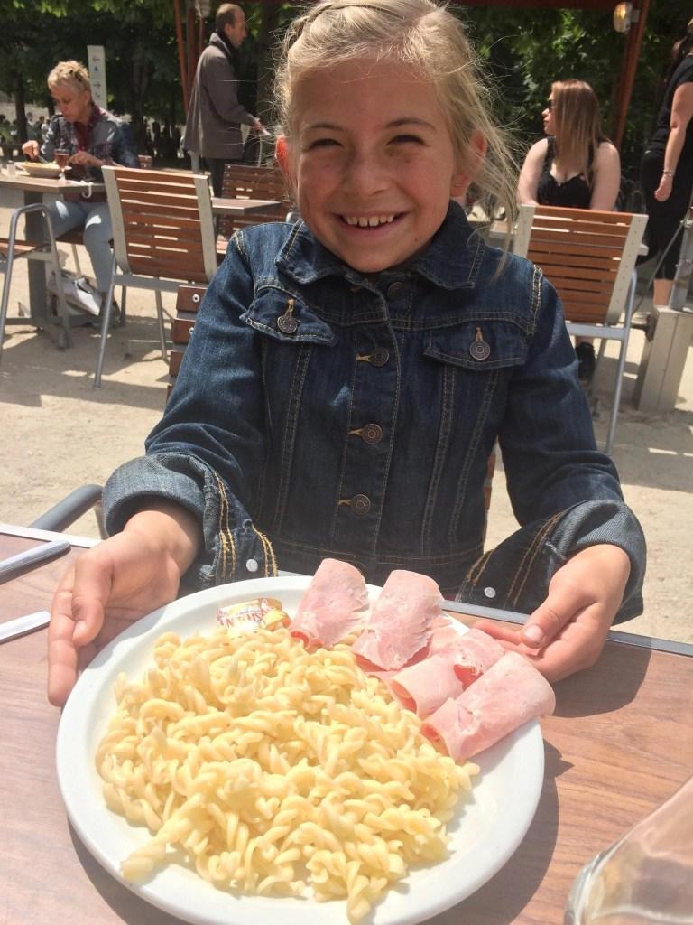 kids_meal_cafe_diane_paris