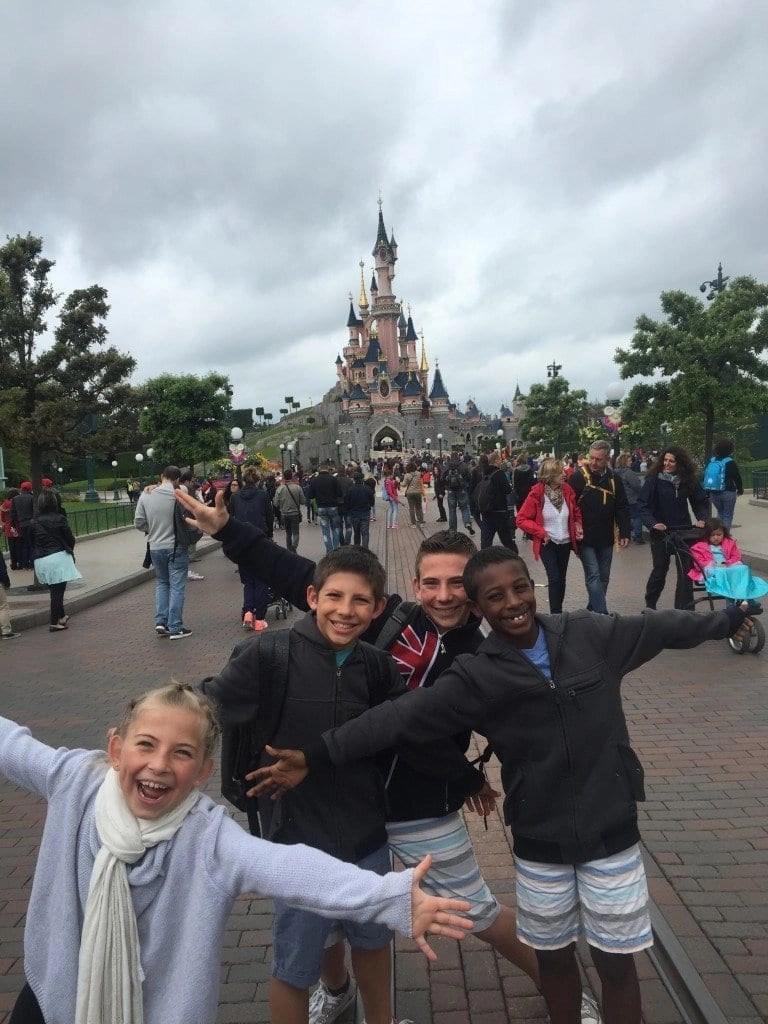 castle_paris_disney