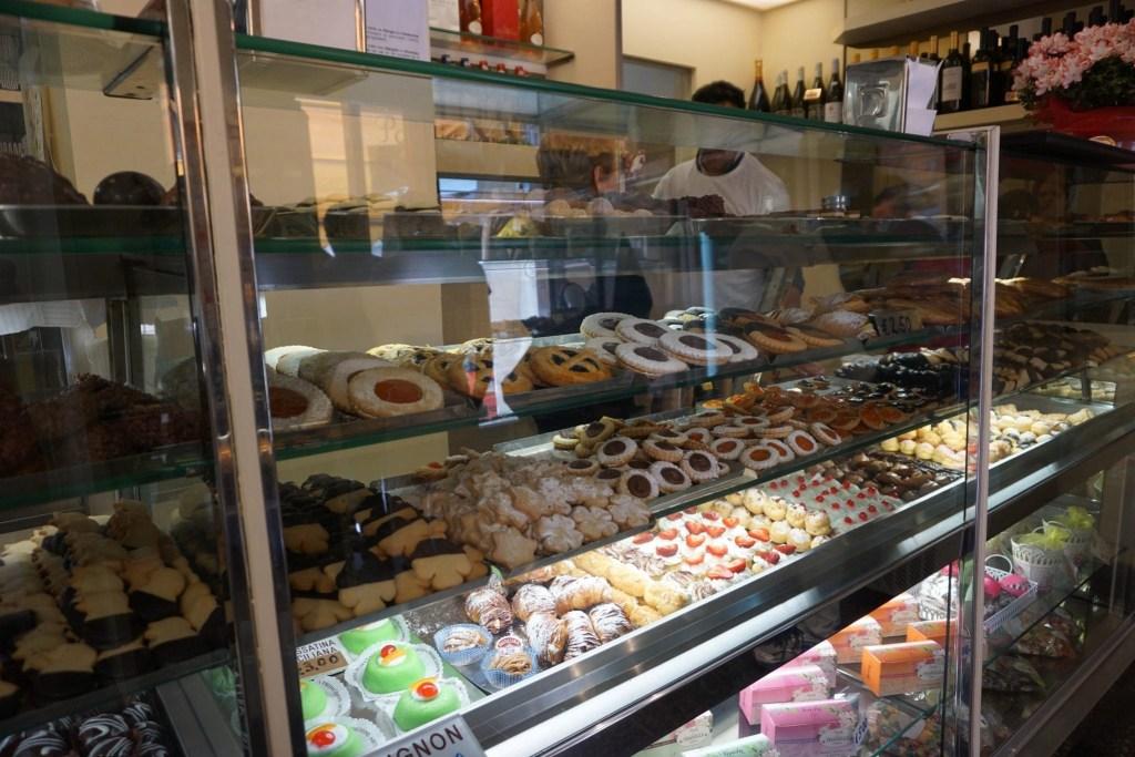 Authentic_Italian_Pastry_Shop
