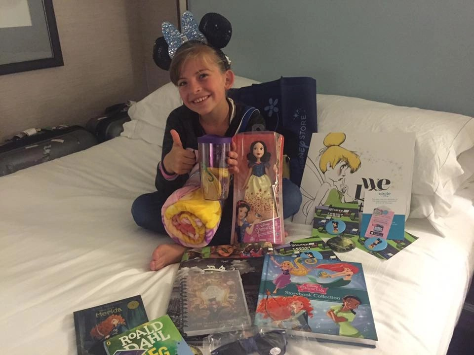 Disney SMMC Room Drop swag | Global Munchkins