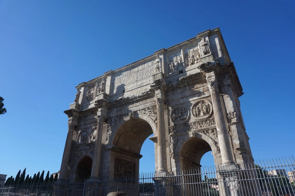 Lovely photo of the Arc di Triomphe Rome- Global Munchkins