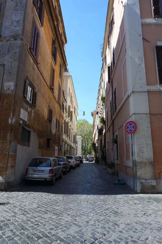 Adorable Italian street in Trastevere Rome Italy- Global Munchkins