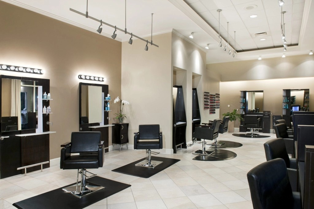 Salon at the Ballantyne Resort in NC | Global Munchkins