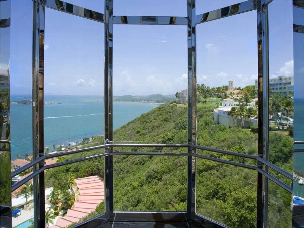 elevator-view-El Conquistador Resort