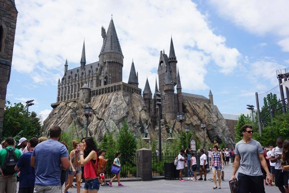 All my BEST Universal Orlando Tips for 2017 all in one place. Click to learn all my secrets as a Travel Writer who has visited (with my 5 kids) dozens of times. This is the ONLY Universal Orlando guide you need. Click through to the website to view my best Universal Orlando Tips and Tricks.