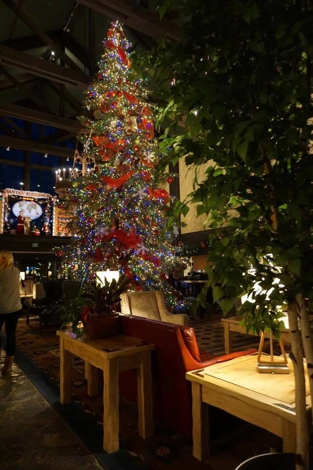 With a live tree decorated for Christmas smack dab in the middle of the lobby, Tenaya Lodge makes sure everyone is merry during the holiday season.