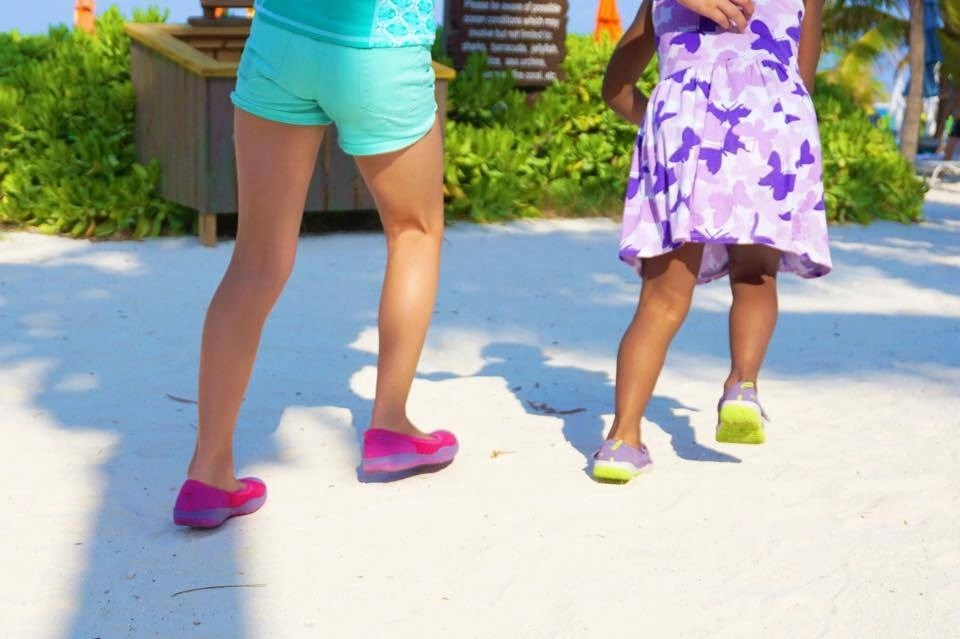 Kids are curious by nature, help keep them going by making sure they have the right gear this summer. Tips on avoiding these 5 common mistakes when traveling with kids