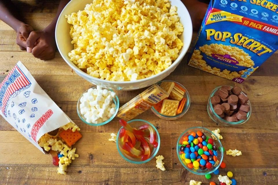 Simple Diy Movie Night Popcorn Station Global Munchkins