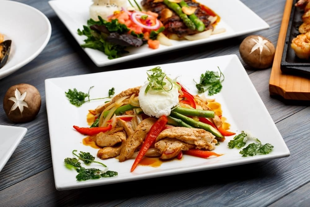 Tempe Marketplace has tons of excellent restaurants including Kabuki. Click through to check out our full list of restaurants. #Tempe #TempeMarketplace #TempeRestaurants